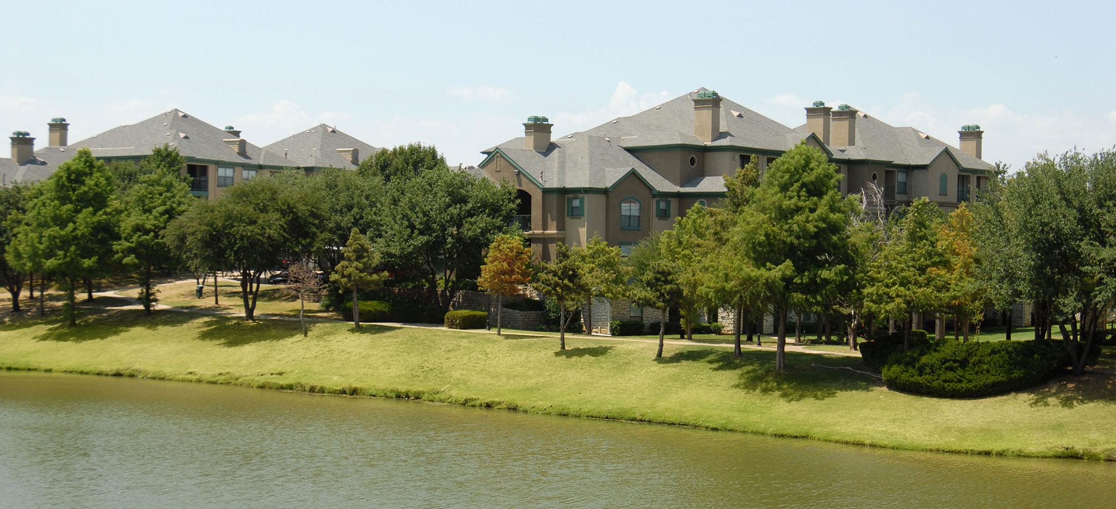 The Villas at Beaver Creek Apartments in Irving TX